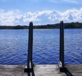 Der See in der Nähe
